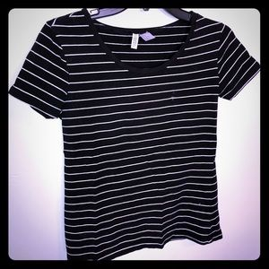 H&M Black Striped T-Shirt